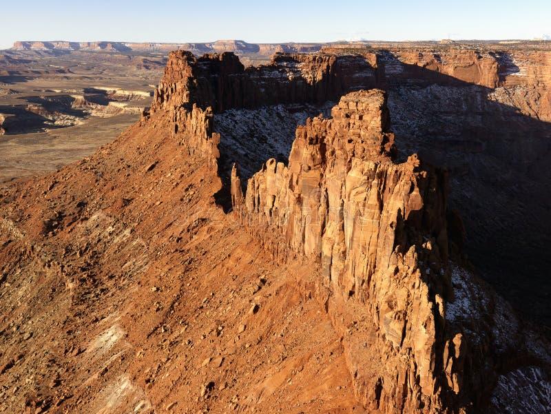 Crag e garganta no deserto fotografia de stock royalty free