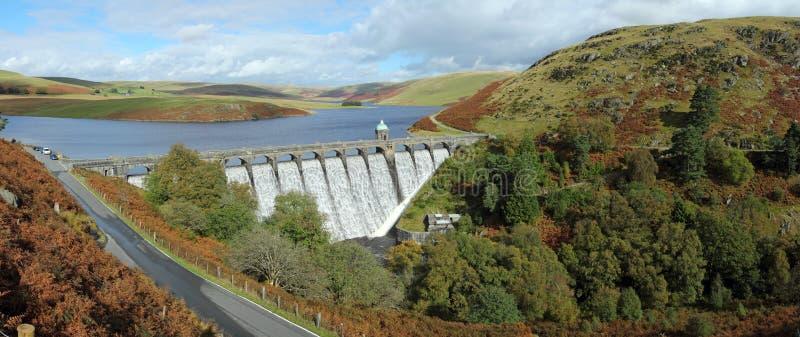 Craig Goch het panorama van het reservoir, Elan Vallei, Wales. royalty-vrije stock foto