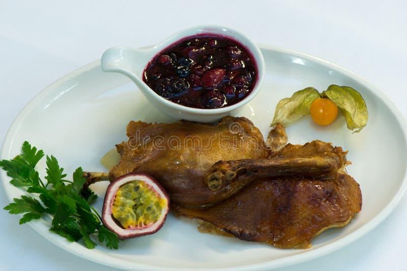 Cranberry kumberland z piec na grillu kurczakiem obraz royalty free