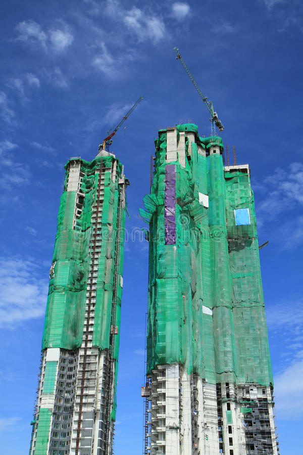 Download Crane  And Building Construction Stock Image - Image: 26498971