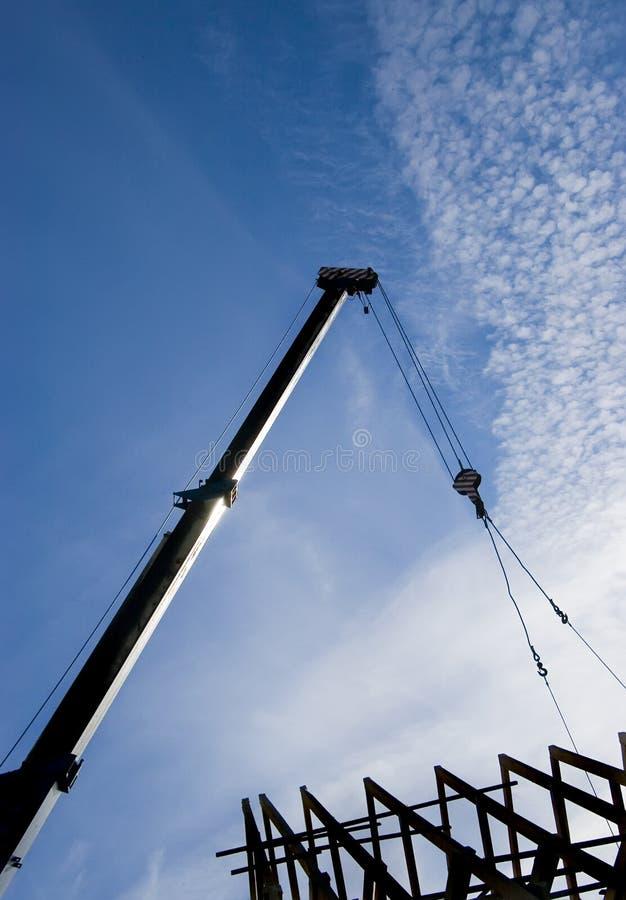 crane dachowa sylwetka zdjęcie royalty free
