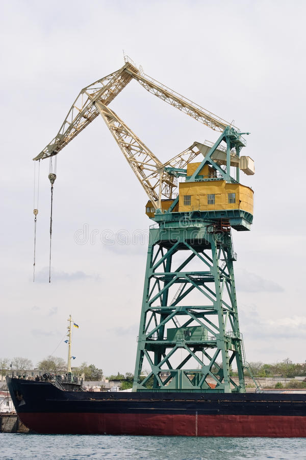 Free Crane In Port Stock Photography - 15389242