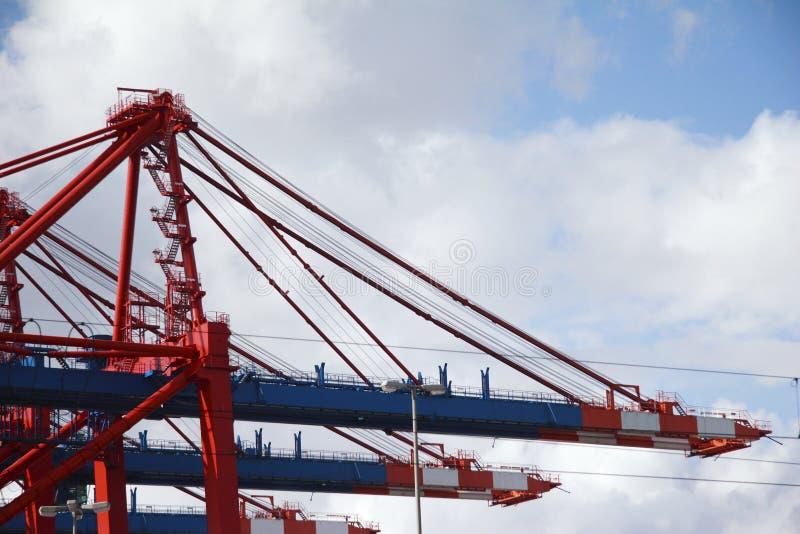 Crane no estágio de aterragem no porto de Hamburgo, Alemanha 03 fotografia de stock royalty free