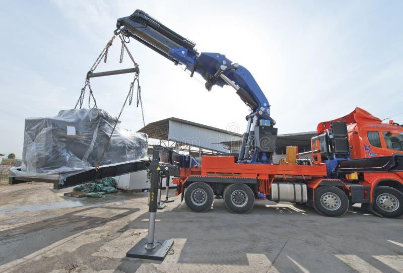 Crane Truck en el trabajo imagen de archivo libre de regalías