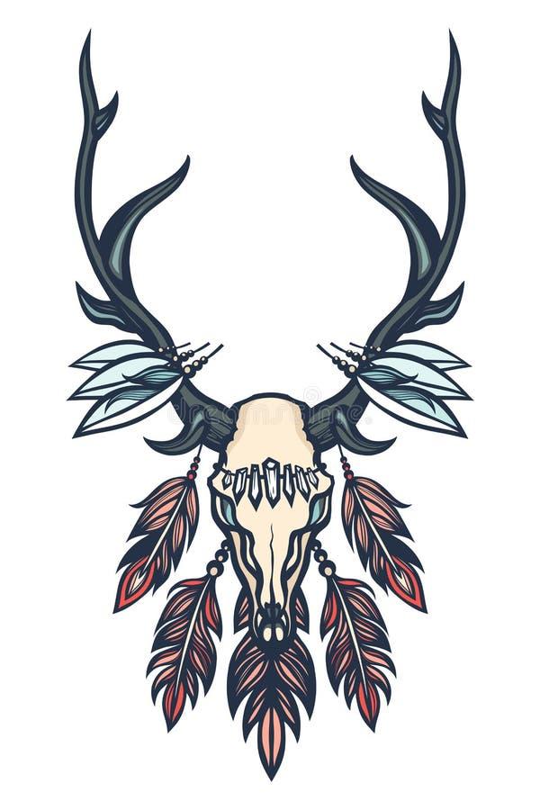 Cranio dei cervi con i corni, le piume ed i cristalli Boho, etnico, tribale Tatuaggio Art Disegnato a mano royalty illustrazione gratis