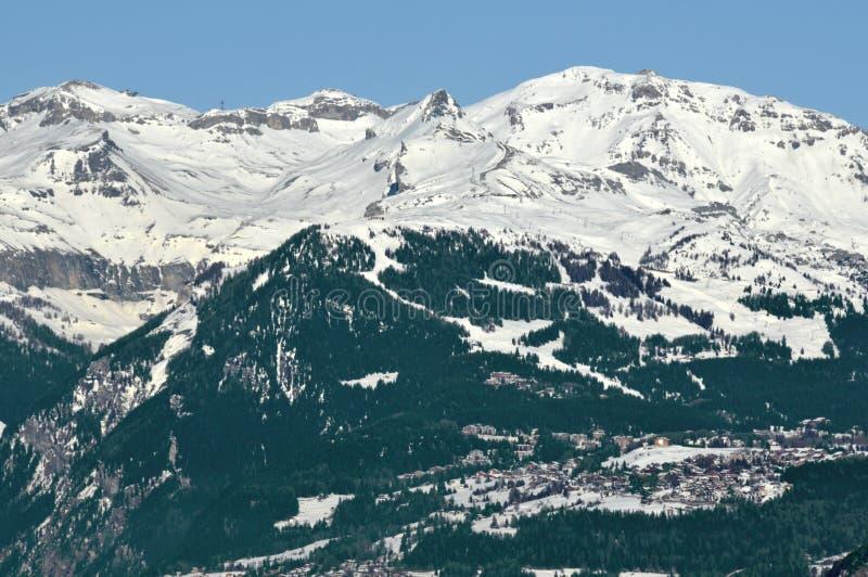 crans σκι θερέτρου της Μοντάν&alpha στοκ φωτογραφία με δικαίωμα ελεύθερης χρήσης