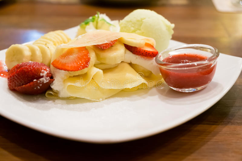 Download Crape With Banana, Strawberry And Ice Cream Stock Image - Image: 34464313