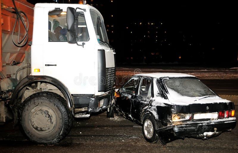 Crash de véhicule en hiver photos stock