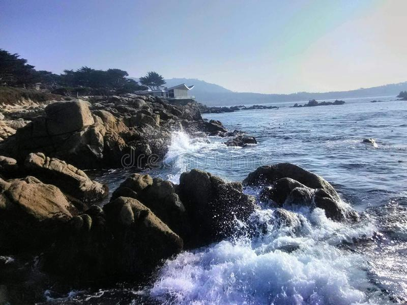 Crashing Waves un California royalty-vrije stock afbeeldingen