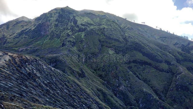 Cratère d'Ijen de bâti, région de Bondowoso, Indonésie photos libres de droits