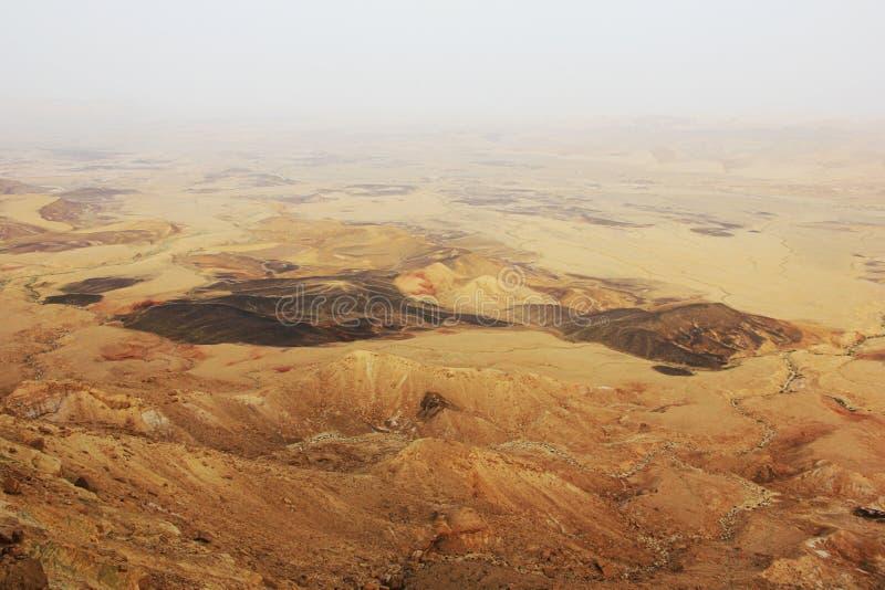 Cratère de désert du Néguev et de Ramon photographie stock