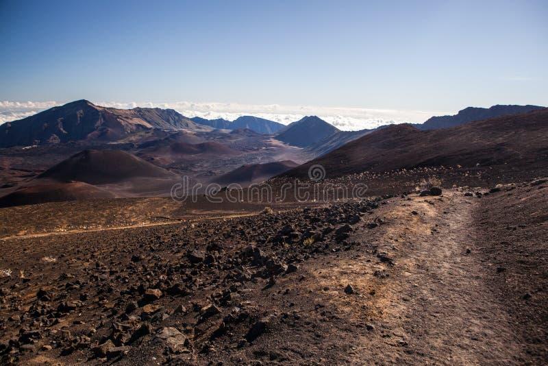 Cratère volcanique au parc national de Haleakala sur l'île de Maui, Hawaï image stock