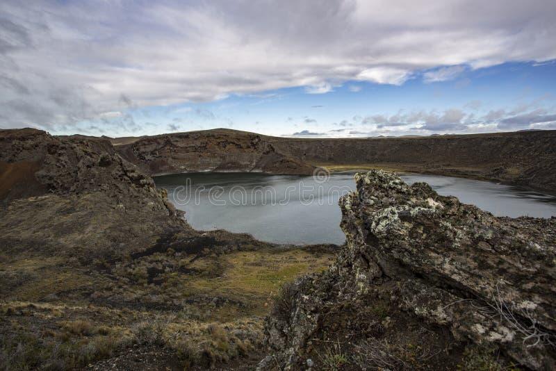 Crater Laguna Azul, Rio Gallegos, provincie Santa Cruz, Argentinië stock afbeeldingen