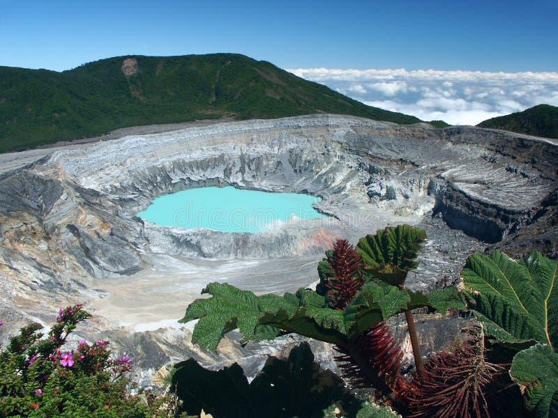 Cratera e lago do vulcão Poas fotos de stock royalty free