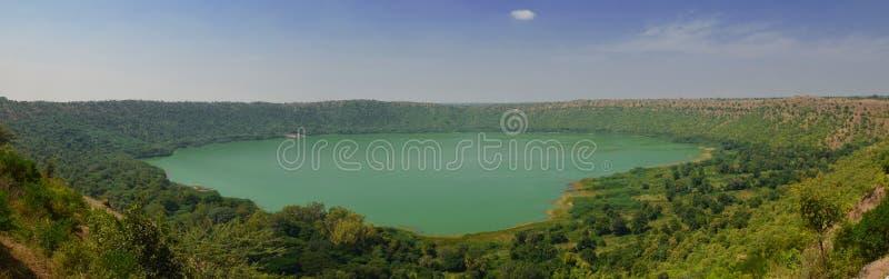 Cratera sarovar de Lonar imagens de stock