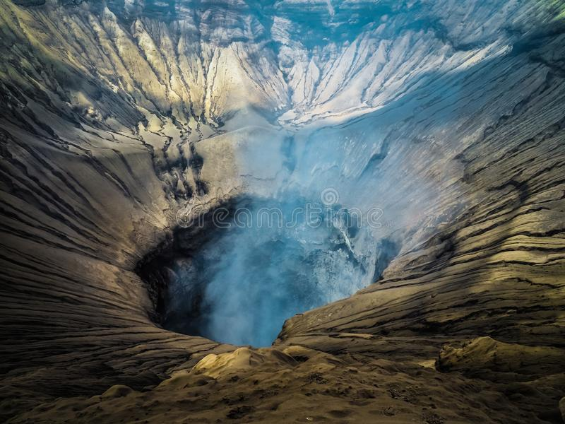 Cratere del vulcano di Bromo del supporto in Java immagini stock libere da diritti