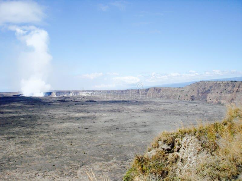 Cratere di Halemaumau al parco nazionale dei vulcani delle Hawai immagini stock libere da diritti