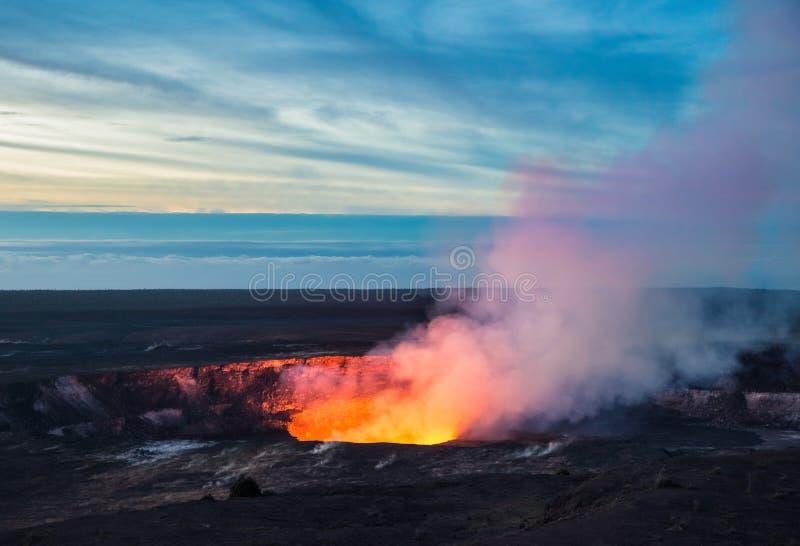 Cratere di Kilauea, parco nazionale dei vulcani delle Hawai, grande isola, Hawai fotografia stock libera da diritti