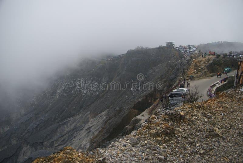 Cratere di Tangkuban Perahu a Bandung, Indonesia immagine stock