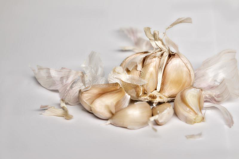 Cravo-da-índia de alho pealed fotografia de stock