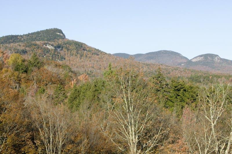 Crawford Notch State Park in den weißen Bergen von New Hampshire, Neu-England stockbilder