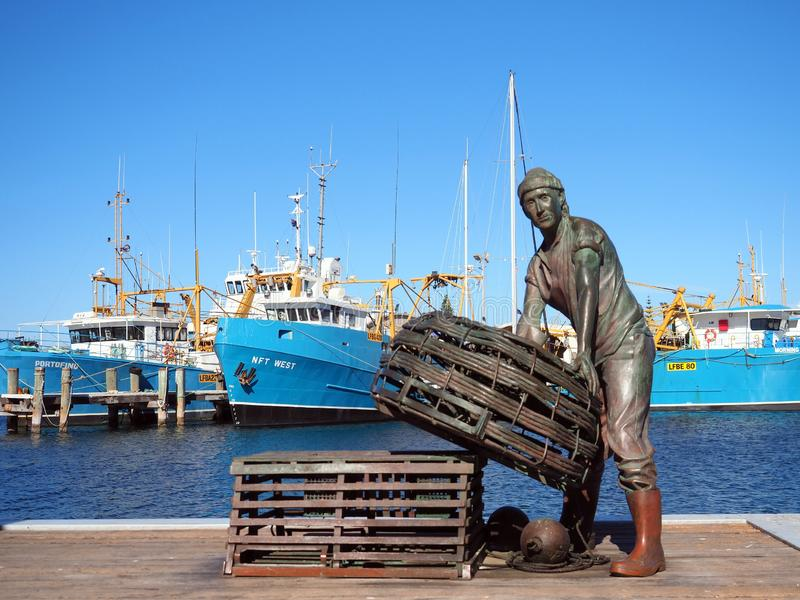 Cray Fisherman Bronze Ststue, Fremantle Fishing Port, Western Australia stock photography