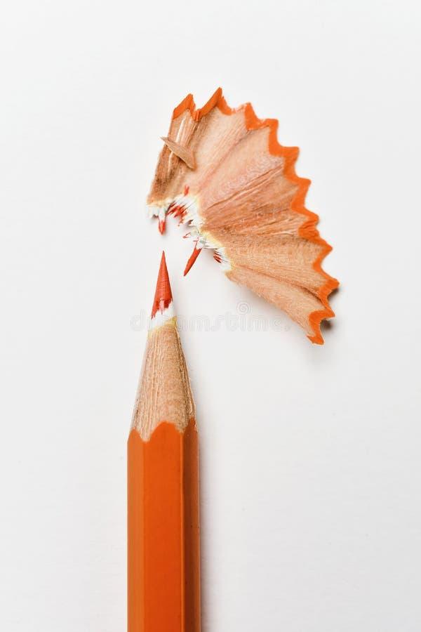Crayon et copeaux oranges de crayon photo libre de droits