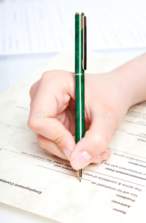 Crayon lecteur au-dessus du document photos libres de droits