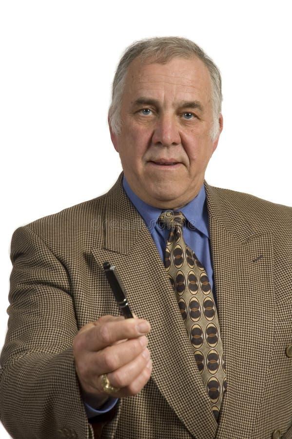 Crayon lecteur de offre d'homme d'affaires plus âgé image libre de droits