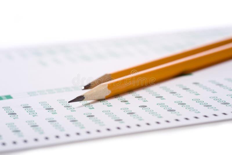 Crayon sur l'examen photographie stock libre de droits