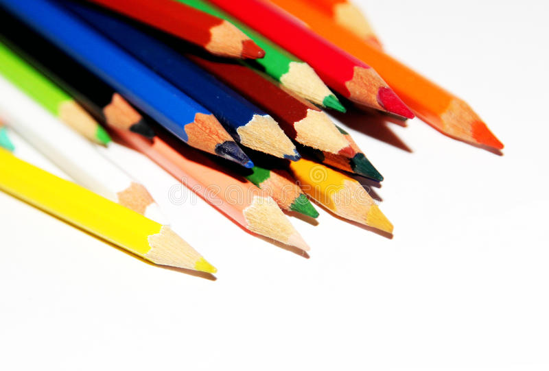 Crayons colorés empilés image libre de droits