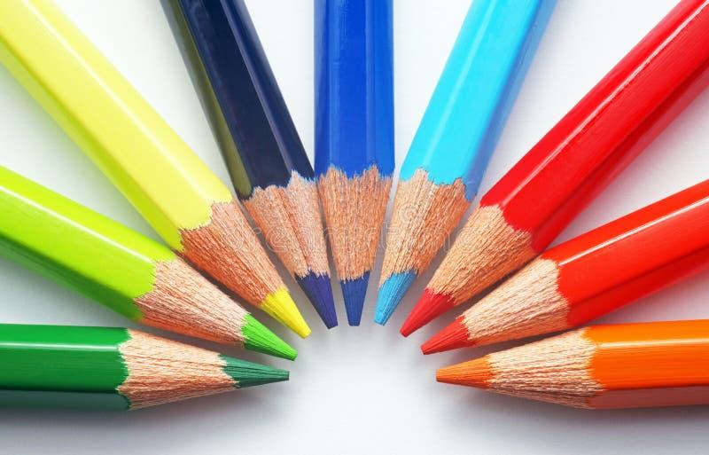 Crayons colorés - plan rapproché photos stock