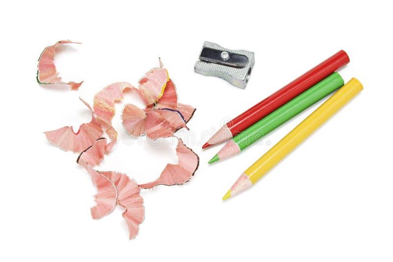 Crayons et copeaux de couleur photos stock
