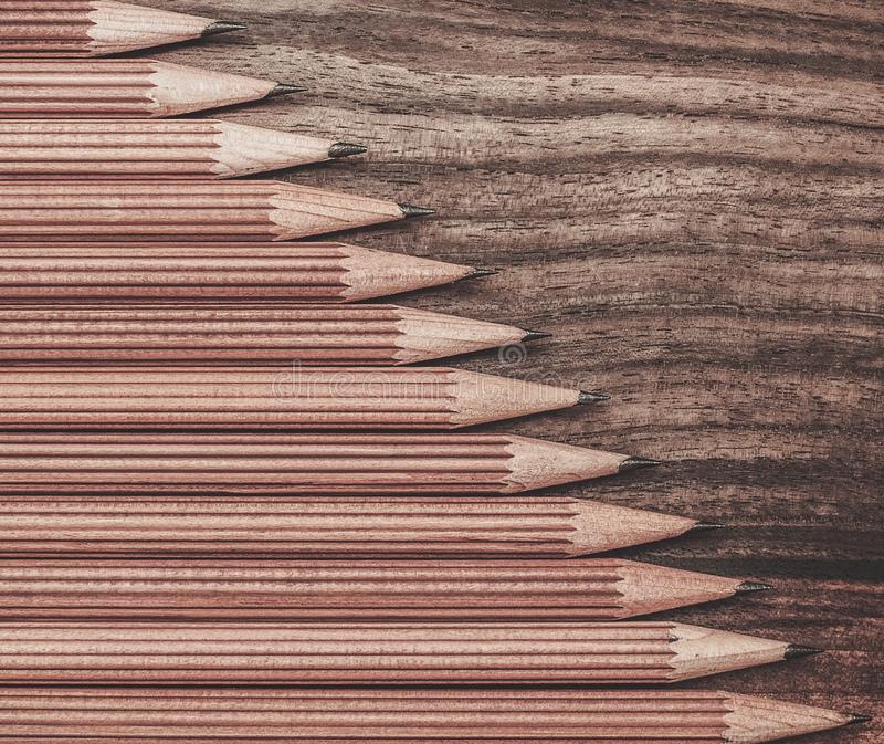 Crayons luxueux de dessin de fusain photo stock