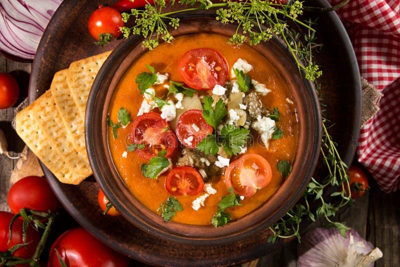 Cream суп пюра от испеченных томатов, баклажанов, перца, красного oni стоковые фото