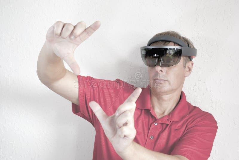 Crear hologramas con los vidrios elegantes imágenes de archivo libres de regalías