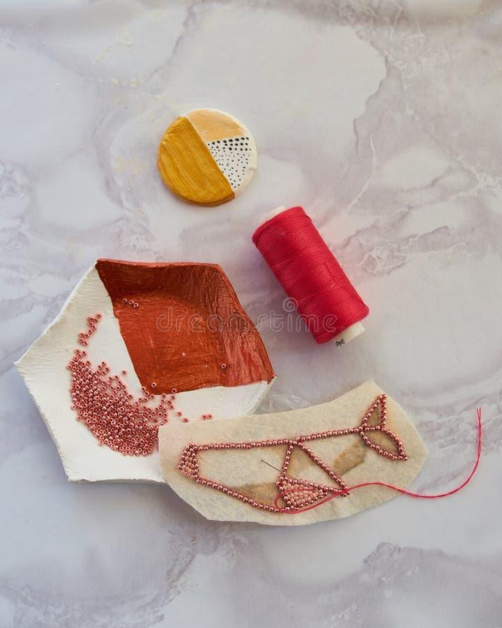 Creare figurina sotto forma di balena fotografia stock