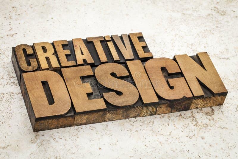Creatief ontwerp in houten type stock afbeeldingen