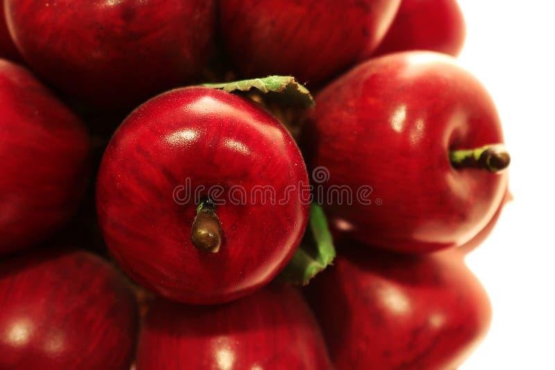 Creazione del legno della mela rossa e verde fotografie stock libere da diritti