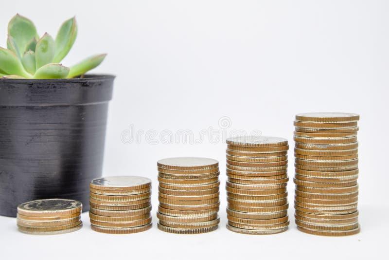 Crecimiento de la inversión empresarial, inversión de planificadores financieros, el salto de la inversión, ahorrando por un futu fotografía de archivo libre de regalías