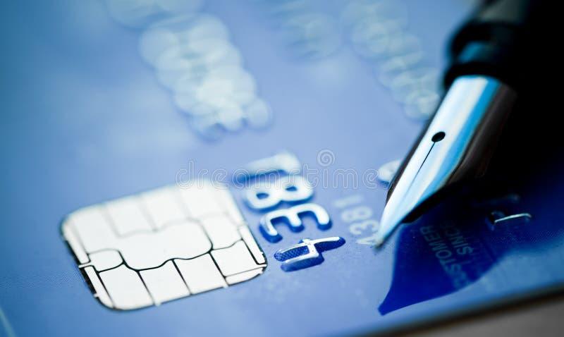 Creditcard en pen royalty-vrije stock afbeelding