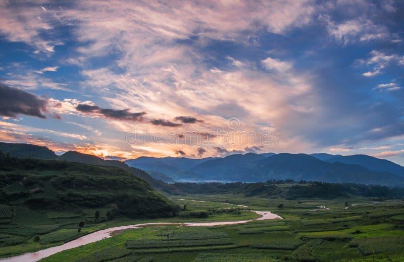 The Creek im Sonnenuntergang stockfotografie