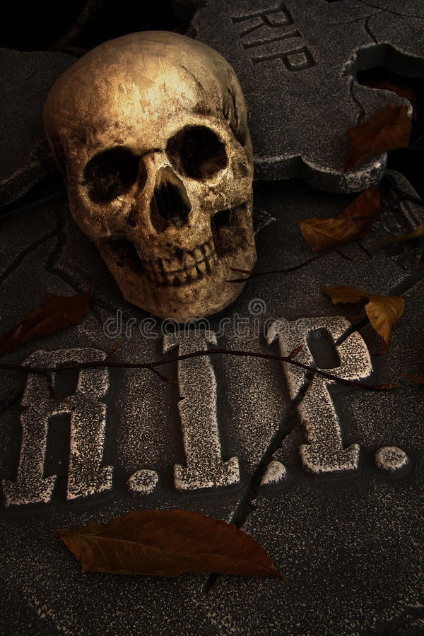 Download Creepy skull on gravestone stock illustration. Illustration of halloween - 33552637