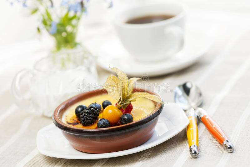 Creme brulee dessert royalty free stock photography