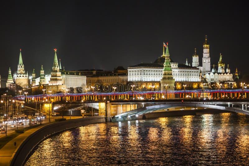 Cremlino e fiume di Moskva fotografia stock libera da diritti