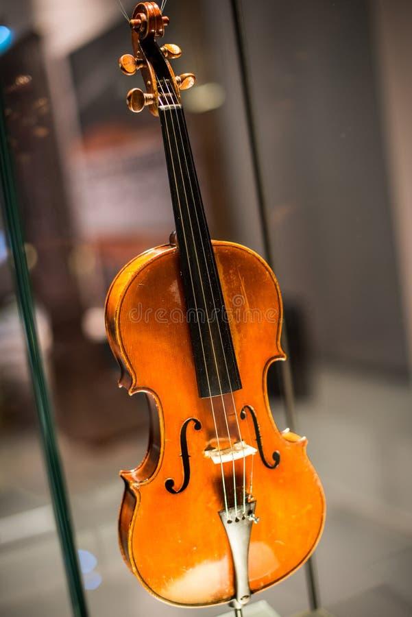 Cremona, Itália 14 de novembro de 2014: Museu do violino, Stradivari v fotografia de stock