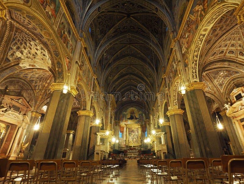 CREMONA, ITALIA 30 DICEMBRE: L'interno della cattedrale Maria Assunta è il tempio principale della città - 30 dicembre 201 fotografia stock