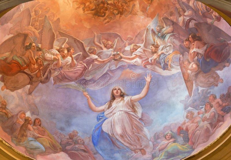 CREMONA ITALIEN, 2016: Apoteos av freskomålningen för St Agata på kupolen i kyrkliga Chiesa di Santa Agata av Giovanni Bergamasch royaltyfri foto