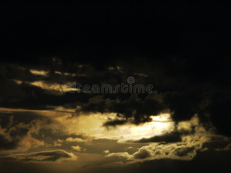 Crepúsculo da nuvem foto de stock