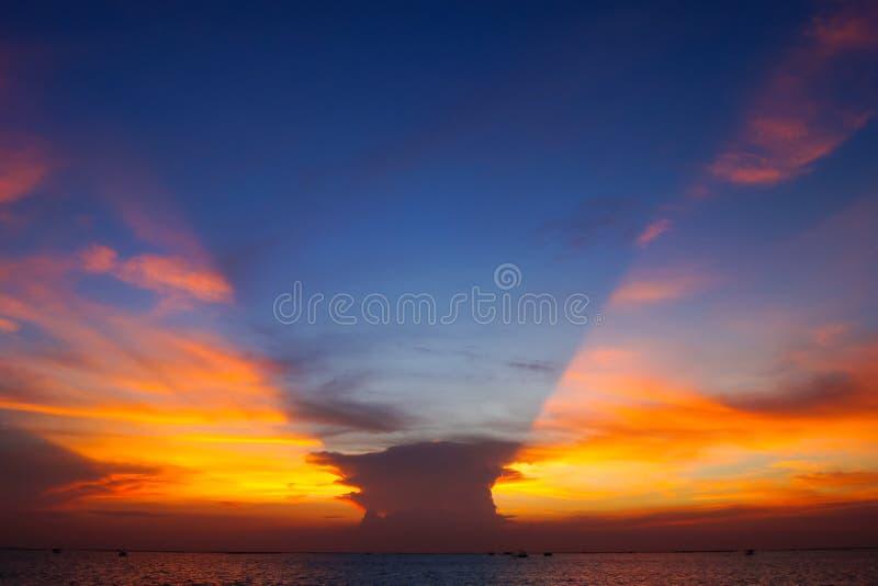 Crepúsculo del cielo foto de archivo